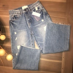 ⬇️$50 HABITUAL GIRL ⭐️ CROPPED Flare Jeans!!!